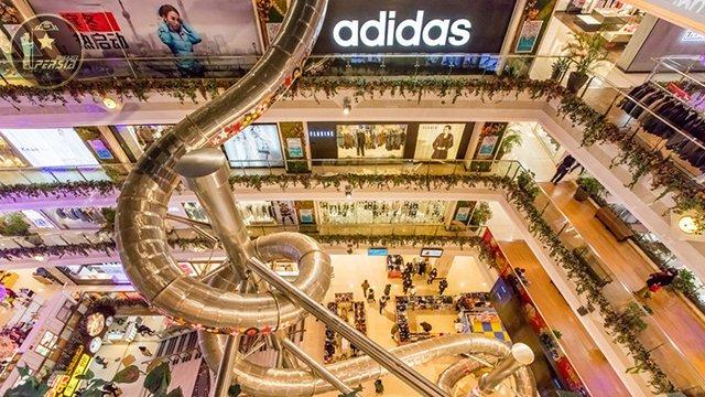 مرکز خرید در شانگهای